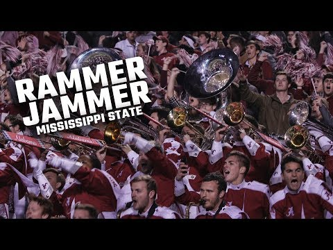Watch Alabama fans and the Million Dollar Band sing