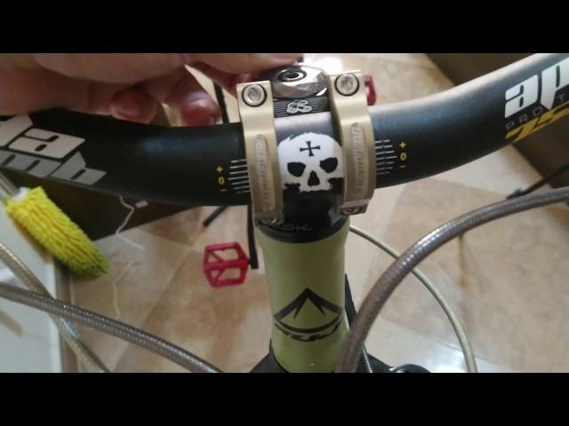 Видео Вынос руля Renthal Apex 35 Stem, 33mm (Gold/Black)