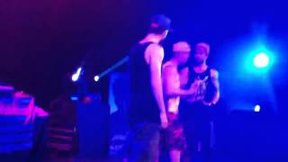 Aaron Carter performing How I Beat Shaq in Columbia, MO