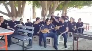 """Турецкие полицейские поют """"Домбыра"""" песню"""