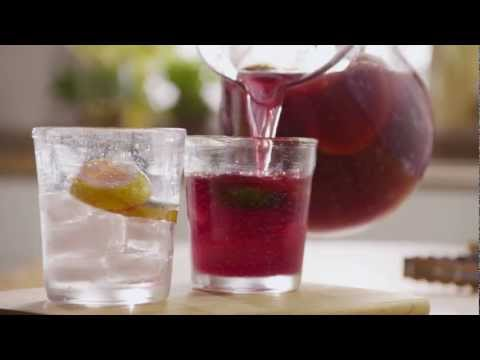 Video How to Make the Best Sangria