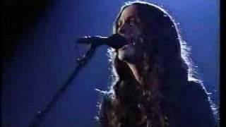 Alanis Morissette - You Oughta Know Live 96