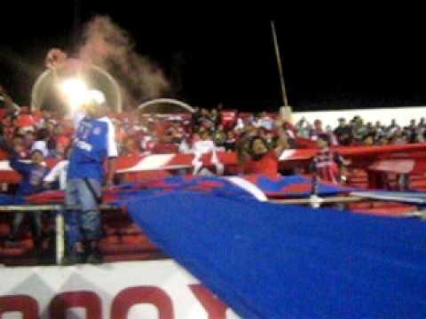 """""""RECIBIMIENTO UNIVERSITARIO DE SUCRE ( LOKURA KAPITALINA 22 )"""" Barra: Lokura Kapitalina 22 • Club: Universitario de Sucre"""