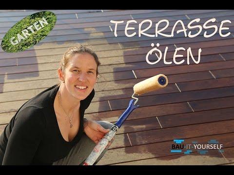 Terrasse reinigen und rückenschonend ölen