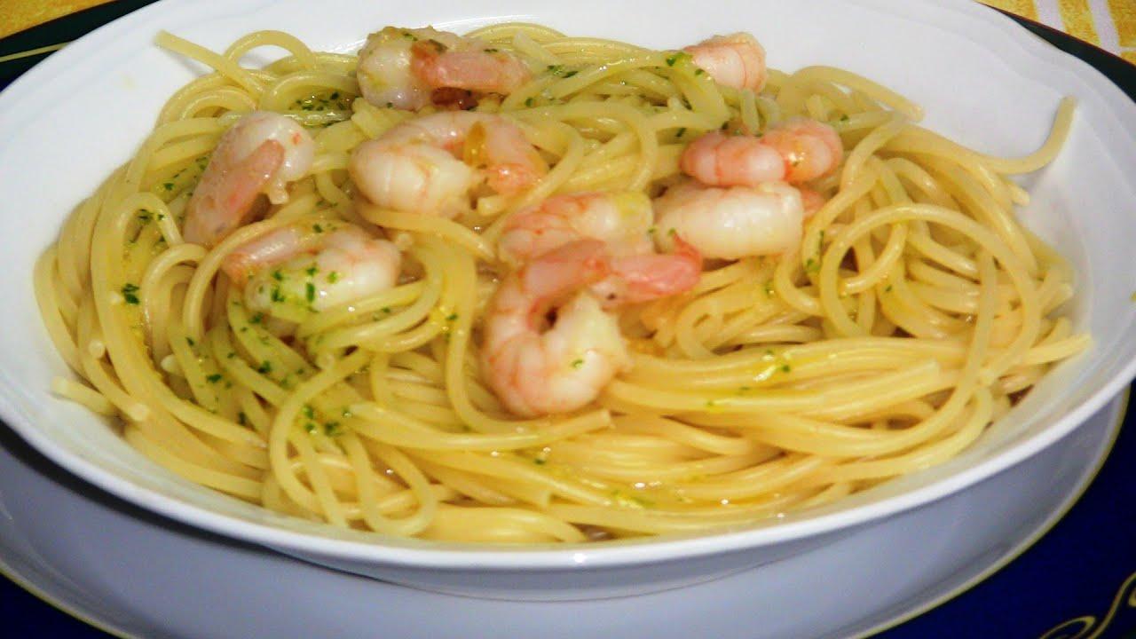 Espaguetis con gambas al ajillo | Javier Romero