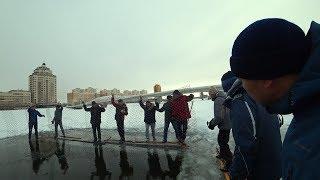 Рубим прорубь. Скоро зимний марафон. Как развить туризм в Казахстане.