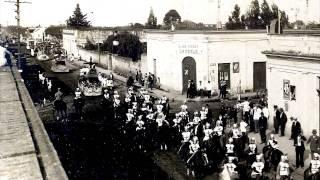 preview picture of video 'Fotografías antiguas (2).Ciudad de Suipacha'