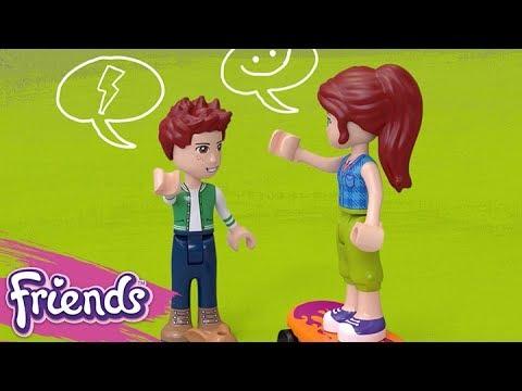 Vidéo LEGO Friends 41335 : La cabane dans les arbres de Mia
