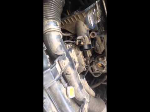 2005 Nissan Frontier 4 0 con codigo P0345 como arreglarlo