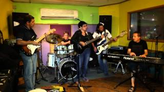 preview picture of video 'Utopia Blues Band - Sweet Home Chicago(Cover)'
