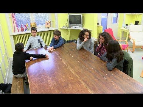 Eduquer au dialogue : A l'école de la vie (1/4)