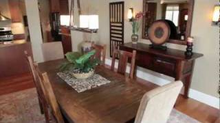 preview picture of video 'HD Real Estate Video Tour with Voice Over: Lake-view Penthouse Condo - Wagner Media'