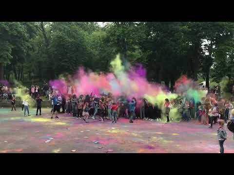 Wideo1: Święto Kolorów w Gostyniu