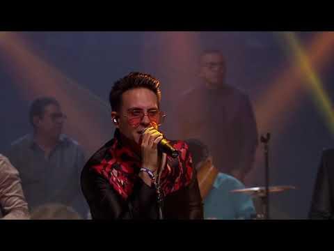 {Sueño Contigo (Live)} Best Songs
