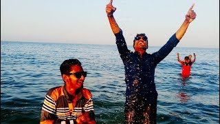 preview picture of video 'বন্দুরা মিলে একটু আনন্দ /  travel with friends of the Kuwait Sea'