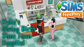 The Sims Freeplay Kylie's giving birth in Sims Town Hospital