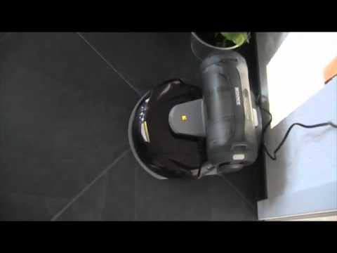 Saugroboter Deebot D76 Andockvorgang mit automatischer Entleerung