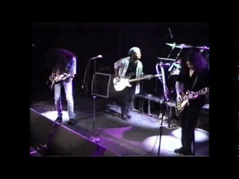 REVOLUTION CHILD LIVE AT THE WHISKY A GO GO DON'T YOU WANNA BE ,JIMI PUNK,COME ON ..wmv