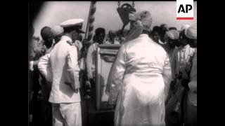 INDIAN NEWSREEL - FOREIGN COMMENTARY - SOUND