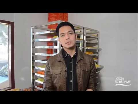 Video Dude Harlino di Dapur Jogja Scrummy