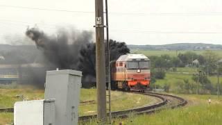 """ТЭП70-0118 """"Дал медведя"""" с пассажирским поездом Симферополь - Москва."""