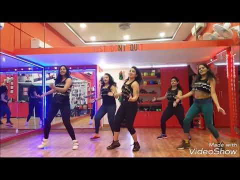 Ek Do Teen | Baaghi 2 | Bollywood Dance Fitness | Zumba | Jacqueline Fernandes | Madhuri Dixit