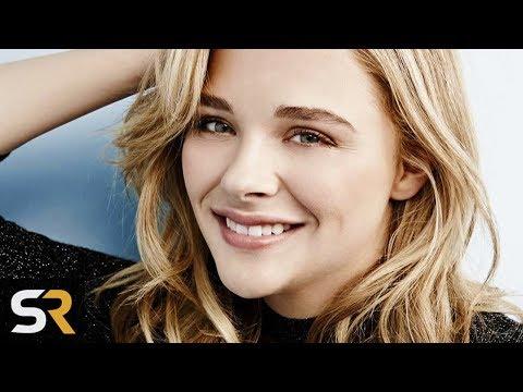 5c29322f9e 25 Facts That Will Make You Love Chloe Moretz Even More