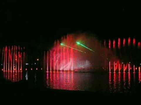 Niesamowita fontanna otwarta we Wrocławiu