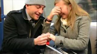 Невероятно предложение за брак в метрото София! FLASH MOB