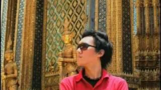 Download lagu Ecoutez Maafkan Tak Sempurna Mp3