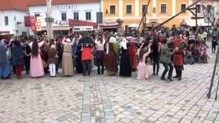 preview picture of video 'Tanzgruppe von Eulenspiel & Spielleute von Tanzebom in Eggenburg: Publikumstanz'