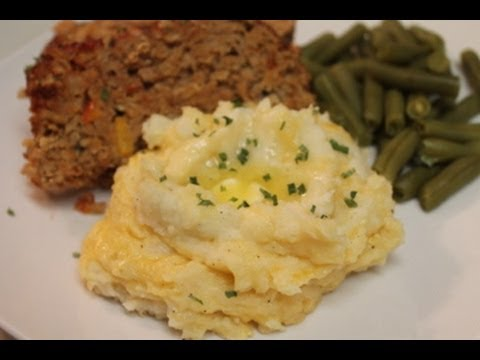 Cheddar Garlic Mashed Potatoes   I Heart Recipes