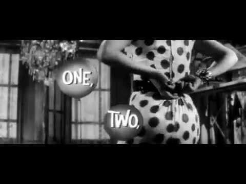 Egy, kettő, három online