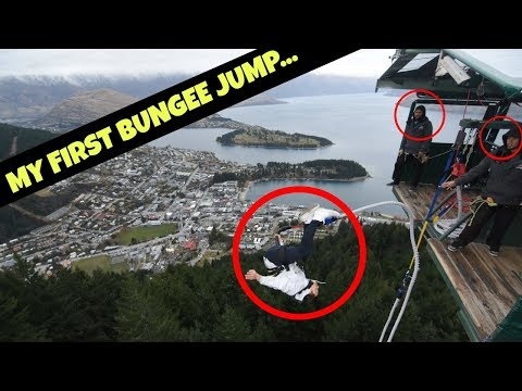 FIRST TIME BUNGEE JUMPING (I tried to backflip!)