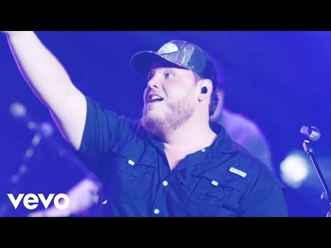 Luke Combs - Moon Over Mexico
