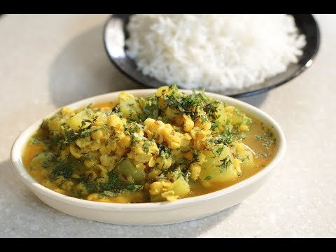 Lauki Chana Dal | Family Food Tales with Mrs Alyona Kapoor | Sanjeev Kapoor Khazana