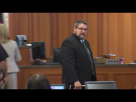 , title : 'Former pastor charged with sexual abuse appears in court'