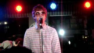 Chester French - She Loves Everybody (Live in NYC)