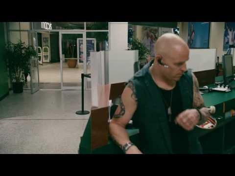 """Paul Blart: Mall Cop clip """"Closer Look"""""""