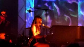 anggun - a la plume de tes doigts live at le trianon paris 2012-06-13