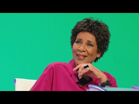 Moira Stuart a pečená brambora s Kit Katkou - Would I Lie to You?