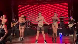 Anitta, Madonna   Faz Gostoso (live Zurich 2019) HD