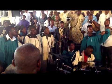 CCC of God Int'l:Part 2 listen to Very end CHORUS & PRAISE TIME by ABA & BENIN MASS CHOIR FULL VIDEO