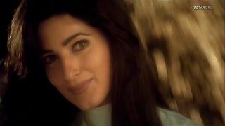Mera Chand Mujhe Aaya Hai Nazar -Twinkle Khanna (1080p