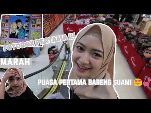 PUASA PERTAMA + FOTO BOX BARENG SUAMI DI TASIK !  | vlogS #4 SARITIW