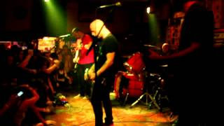 Torche   HARMONSLAUGHT RELEASE SHOW   Live At Churchills Miami (FULL SET) (SFLHC) (2012)