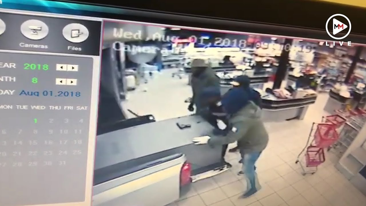Armed Robbers Stealing ATM And Loading It Into Truck In Eastern Cape - Video