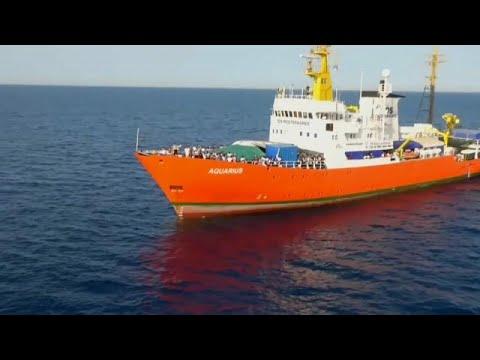 Προσφυγικό: Τέλος και η σημαία Παναμά για το Aquarius