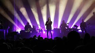 Father John Misty - When You're Smiling and Astride Me - Live, Glasgow O2 Academy, 02/11/2017 Funny!