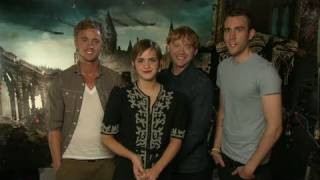 Том Фелтон, Harry Potter Cast invites fans to watch the World Premiere Live Stream on YouTube